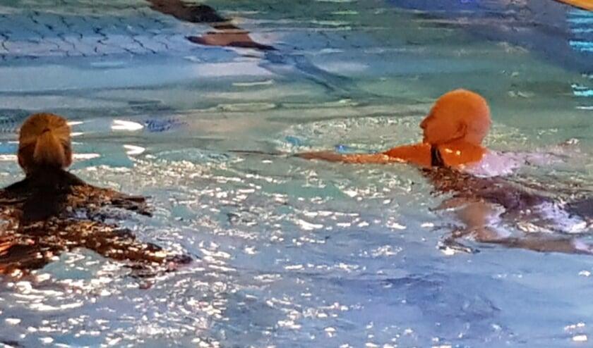 <p>Mensen met kanker kunnen vanaf donderdag 17 juni weer wekelijks zwemmen bij zwembad De Tweesprong.</p>