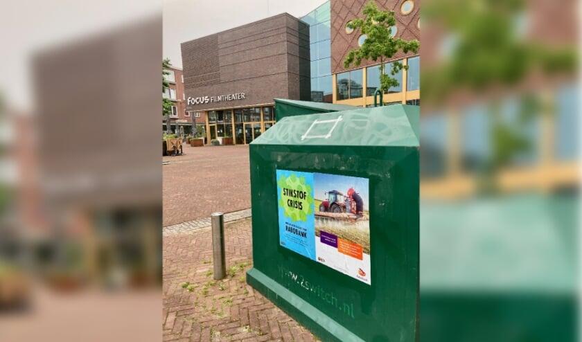 Raborebellie posters van Extinction Rebellion bij Focus in Arnhem