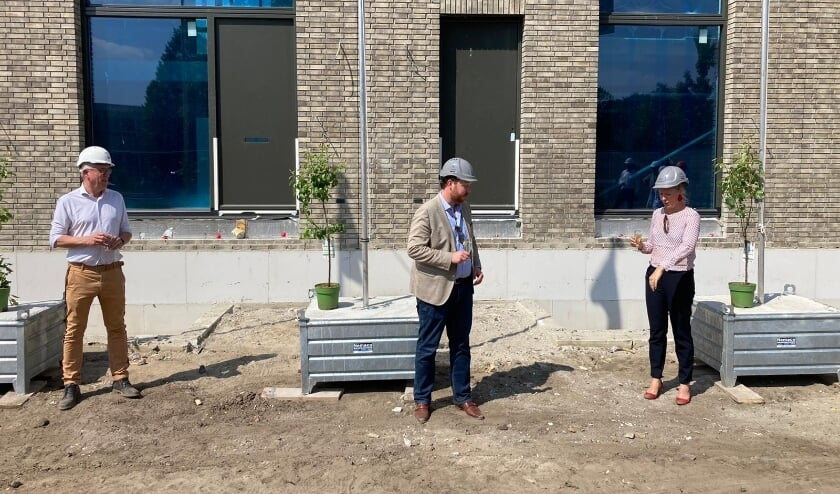 <p>Op 10 juni gaven de gemeente Enschede, bouwbedrijf Nijhuis Bouw en gebieds- en vastgoedontwikkelaar VanWonen het feestelijke startsein voor de bouw van dit deel van de nieuwe stadswijk.</p>